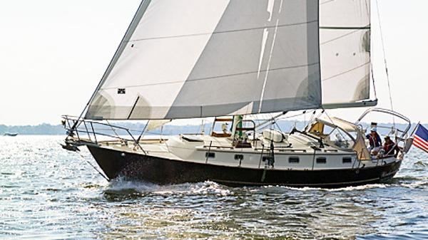 "Pacific Seacraft--  CREALOCK  --CUTTER  -- 5'2"" draft WINDAWAY"