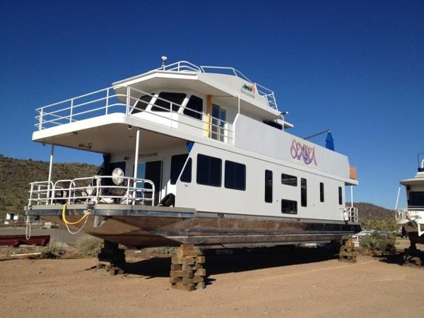 Twin Anchors Houseboat 68 CUSTOM