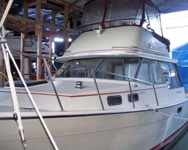 Bayliner 3270 Explorer Panorama