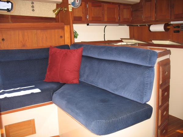 Spacious, with beautiful upholstry