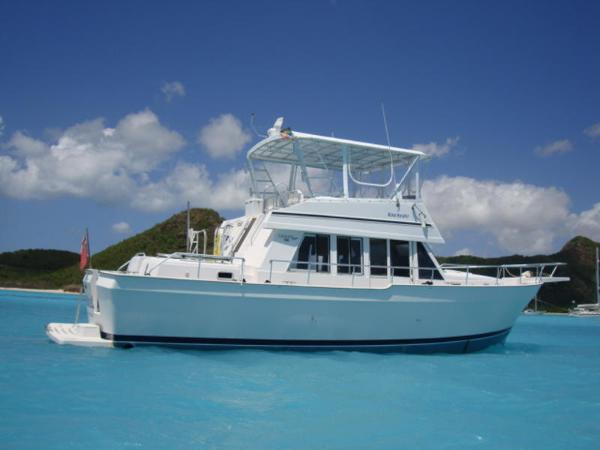Mainship 430 Trawler Profile