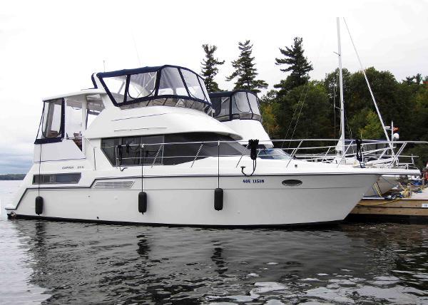 Carver 355 Aft Cabin Starboard Profile