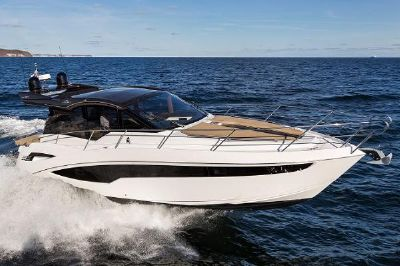 Galeon 425 HTS Manufacturer Provided Image