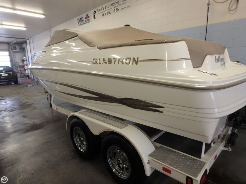Glastron GS 209 2004 Glastron GS209 for sale in Zimmerman, MN