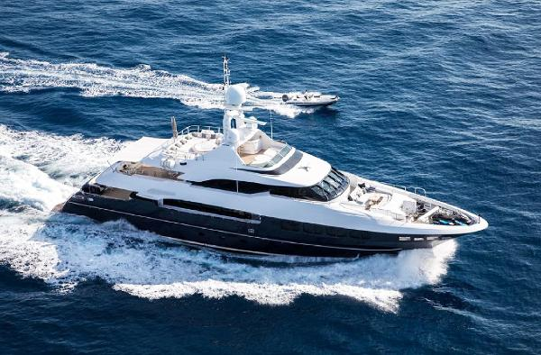 Mondomarine 40 MT 1.jpg