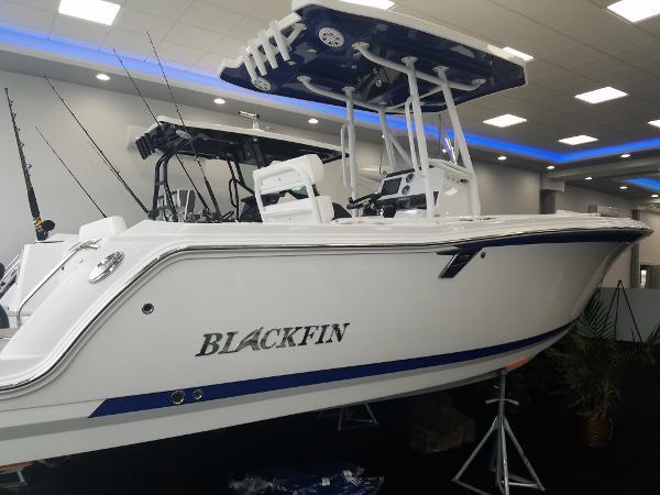 Blackfin 212CC