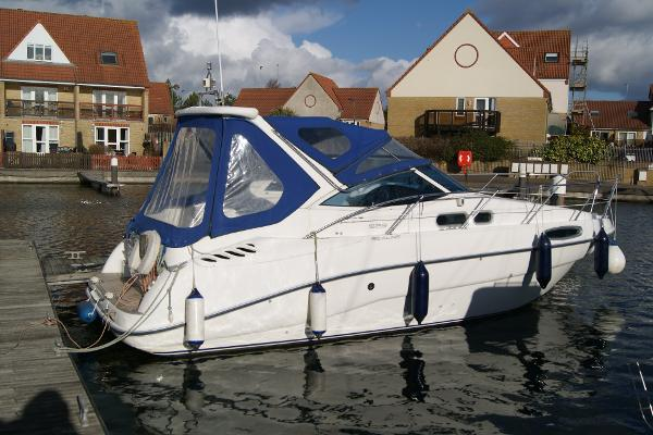 Sealine S28 Sports Cruiser Full Boat - Starboard Side