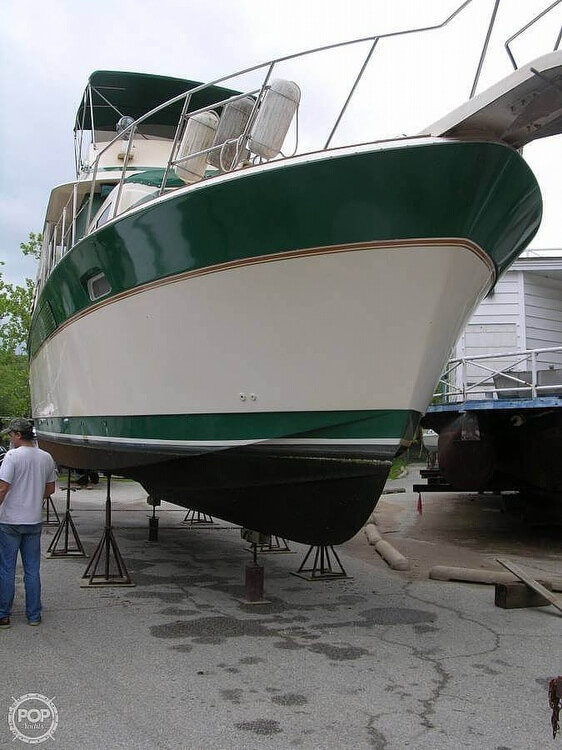 Chris-Craft 410 Motor Yacht 1983 Chris-Craft 410 Commander for sale in Eucha, OK
