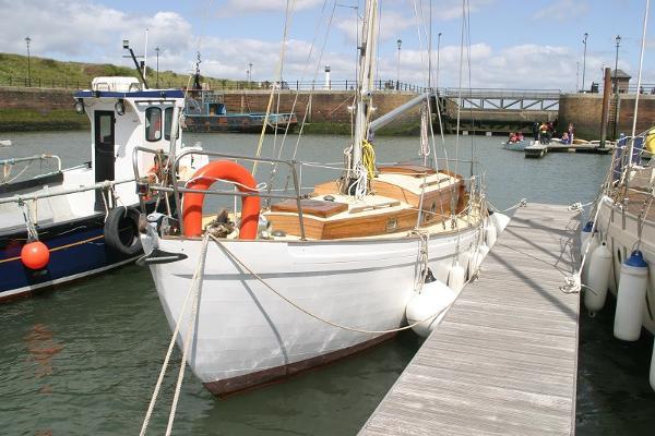 Custom Vertue wooden yacht Vertue Icebird