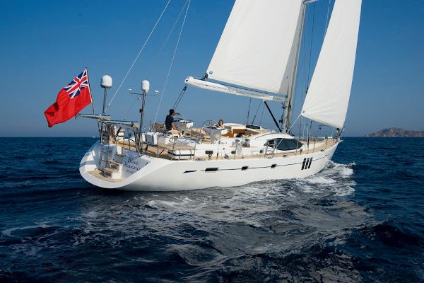 Oyster 625 sailing