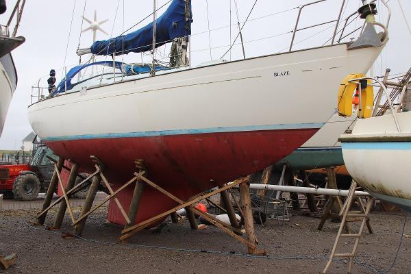 Nicholson 35 Nicholson 35 long keel