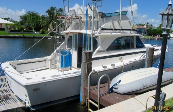 Bertram Sport Fisherman 38' Bertram Convertible/ Sport