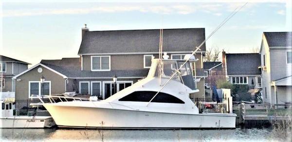 Ocean Yachts 43 Super Sport Profile