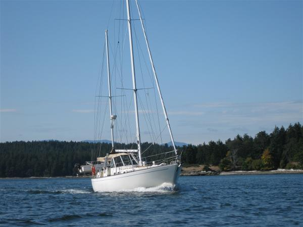 Sailboat Sea Maid 45