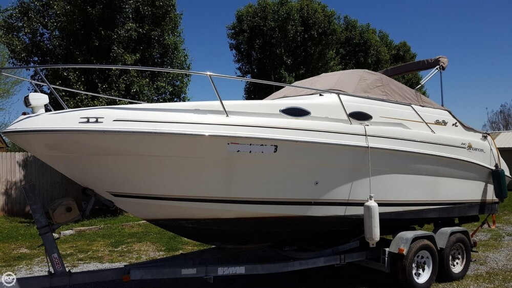 Sea Ray 240 Sundancer 1997 Sea Ray Sundancer 240 for sale in Portland, TN