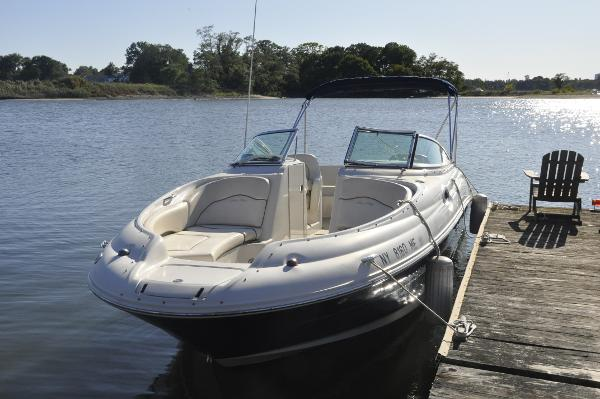 Sea Ray 240 Sundeck At the Dock