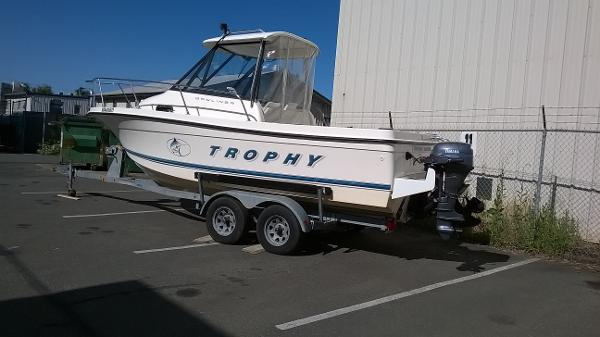 Bayliner 2052 Capri Cuddy