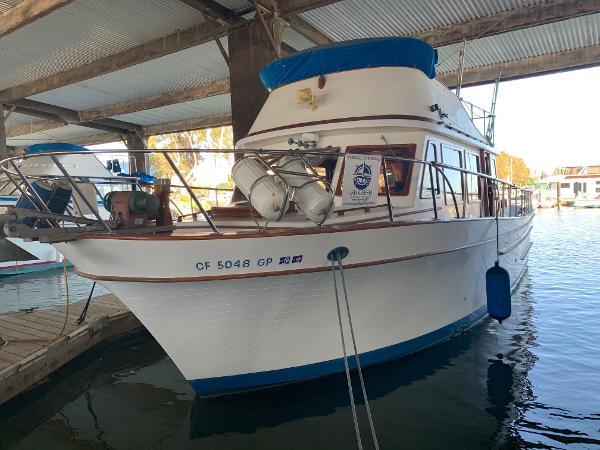 CHB Tri Cabin Motor Yacht