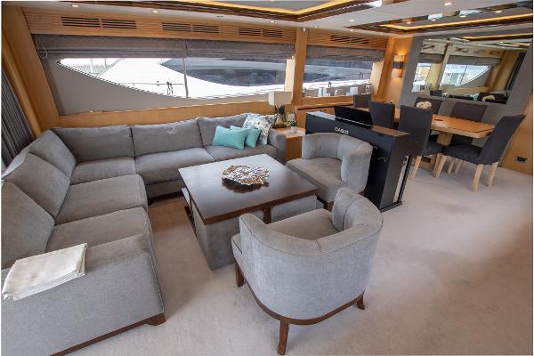 Princess 85 Motor Yacht - Deck Saloon