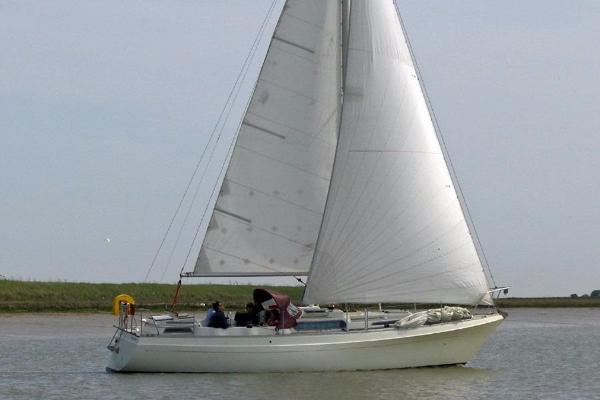 Moody 33 Mk I Moody 33