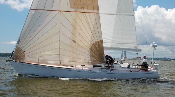 J Boats J/44 J/44 RESOLUTE