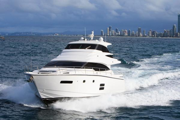 Johnson 65 SkyLounge M/Y