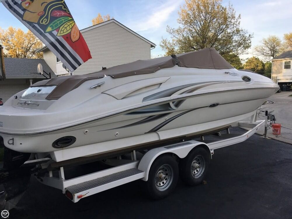 Sea Ray 270 Sundeck 2002 Sea Ray 27 for sale in Mchenry, IL