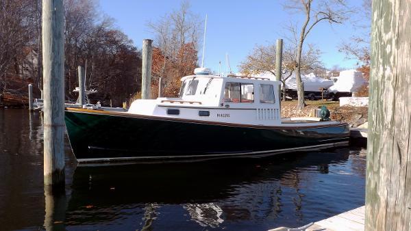 Southport Island Marine 30