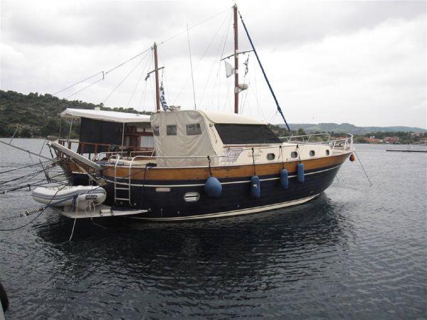 Apreamare 12 Apreamare 12 HT - Open Motor Yacht