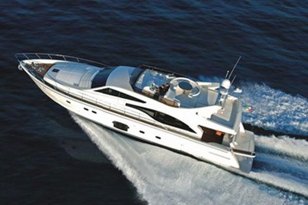 Ferretti Yachts 681 Cruising