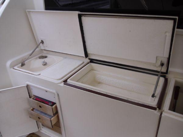 cockpit Refrigerator & Freezer