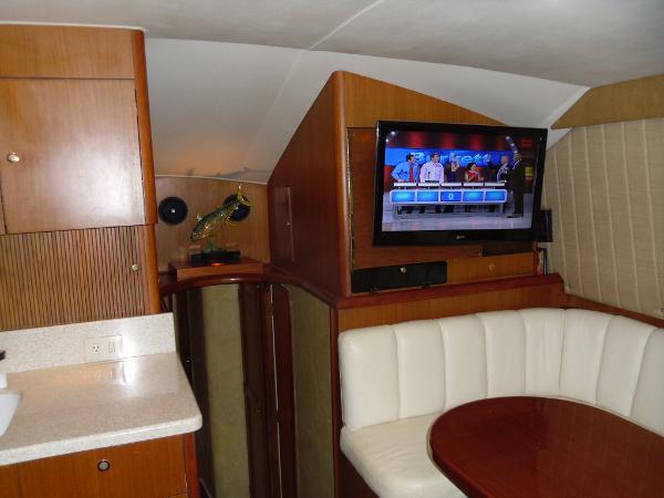 Forward Cabin & TV