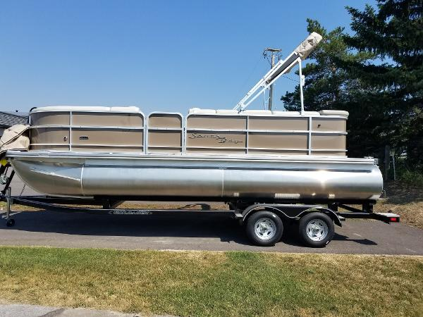 South Bay 222CR 2019 South Bay Pontoon Boat For Sale