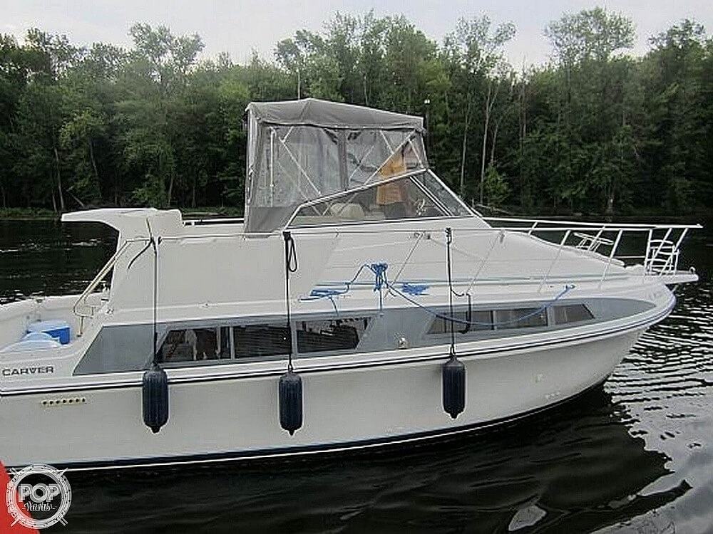 Carver 330 Mariner 1995 Carver 330 Mariner for sale in Erie, PA