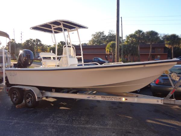 Stott Craft 2160 Bay Boat