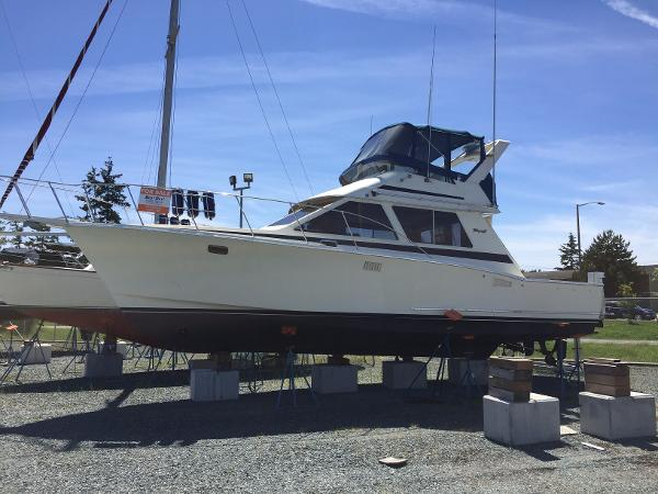 Tolly Sportfish Flybridge Sedan 40