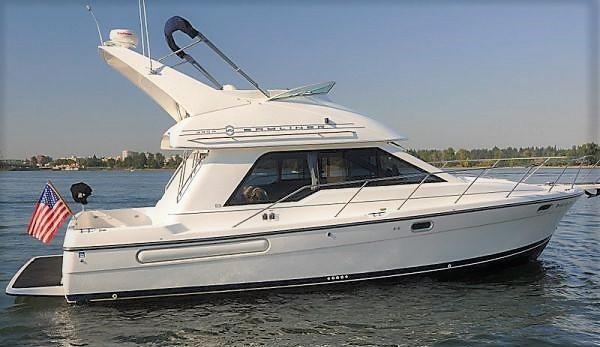Bayliner 3388 Command Bridge Motoryacht