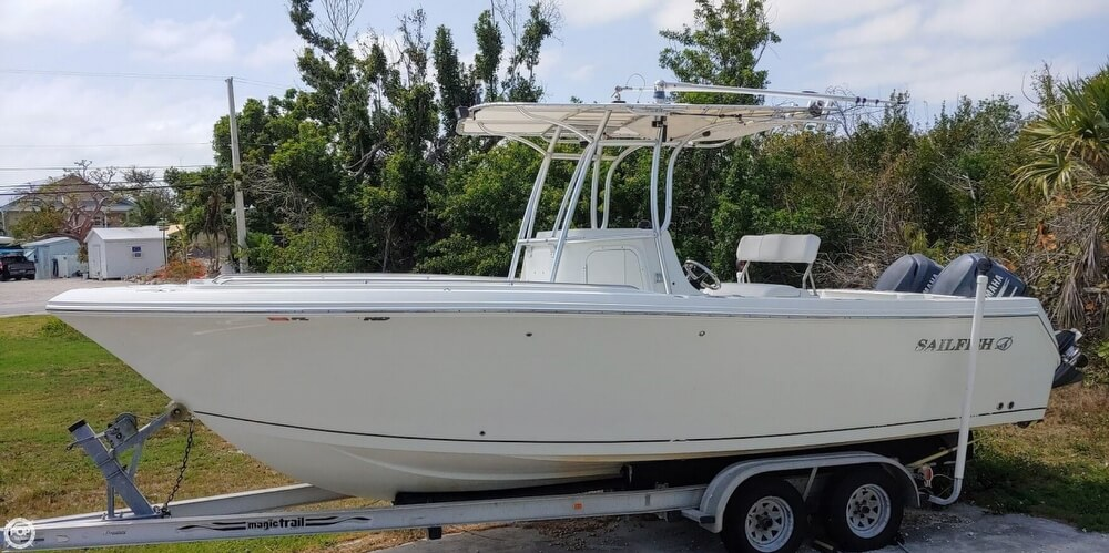 Sailfish 2360 CC 2006 Sailfish 2360cc for sale in Summerland Key, FL