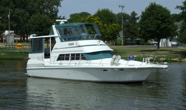 New and used boats for sale in saugatuck mi for Fish express kalamazoo
