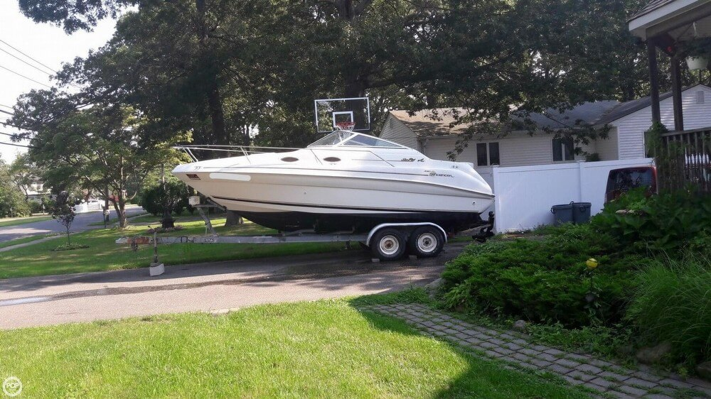Sea Ray 240 Sundancer 1997 Sea Ray 240 Sundancer for sale in Bayport, NY