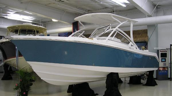 Edgewater 248 CX Sister Ship (Stars and Stripes Blue)
