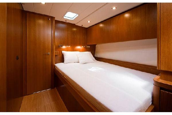 Nautor Swan 66 S Guest Cabin