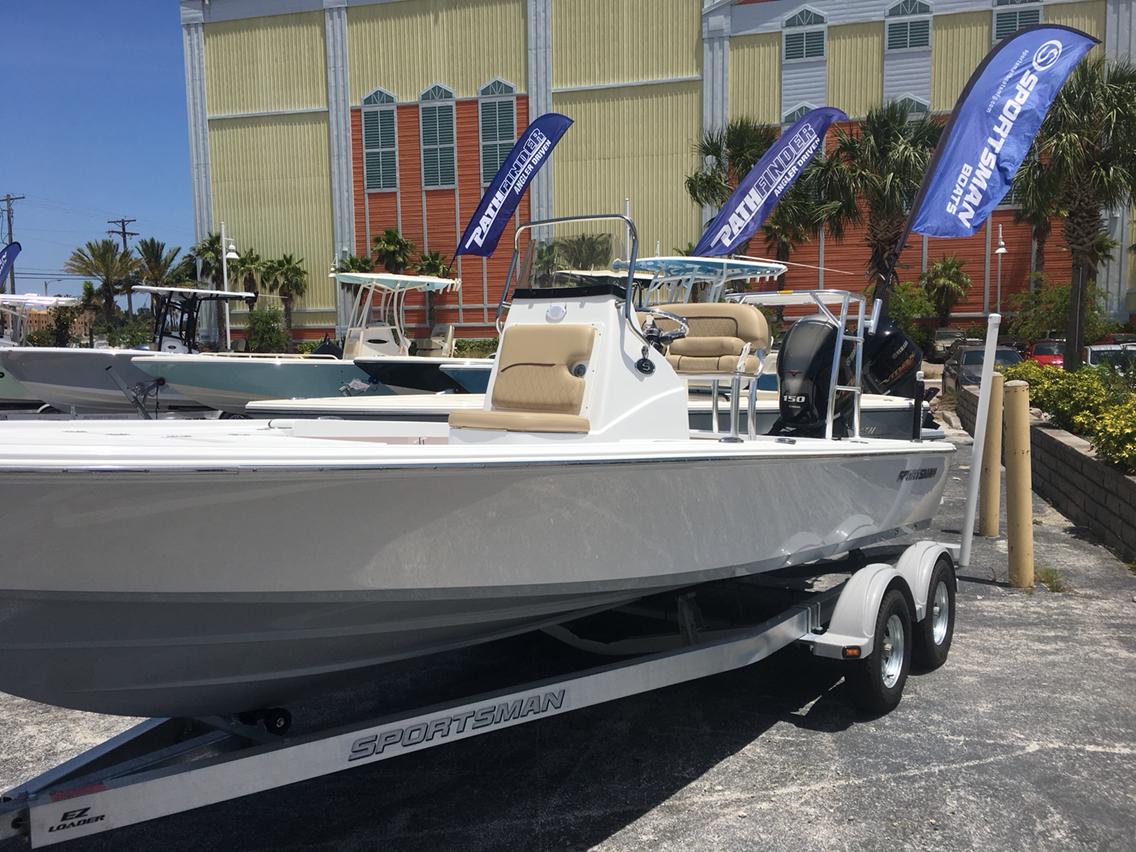 Sportsman Boats Tournament 214 Bay Boat