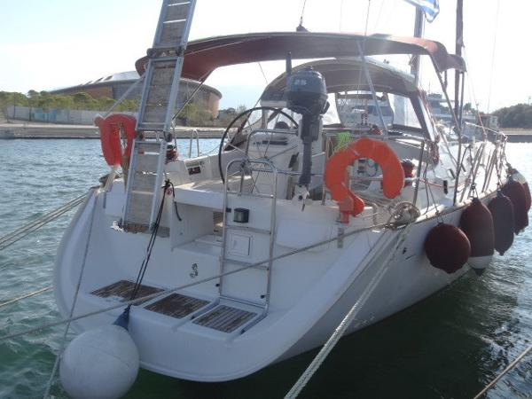 Beneteau Oceanis Clipper 423 Beneteau Oceanis Clipper 423 for sale in Greece by Alvea Yachts