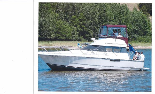 Silverton 34 Convertible ON THE WATER
