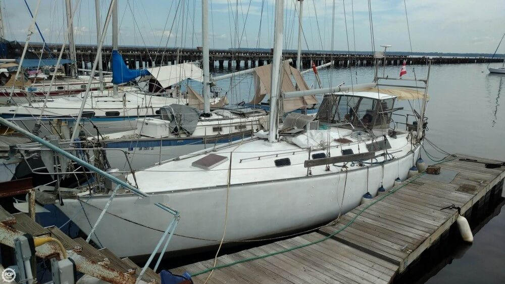 Bruce Roberts 370 1989 Bruce Roberts 370 for sale in Green Cove Springs, FL