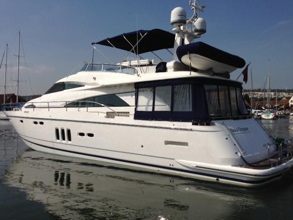 Fairline Squadron 68 Fairline 68 - Port Side