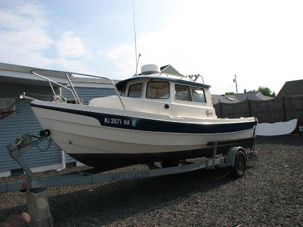 C-Dory 22 PILOTHOUSE Profile