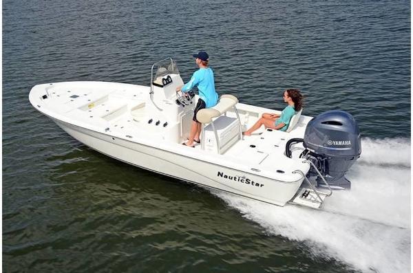 NauticStar 2200 Sport