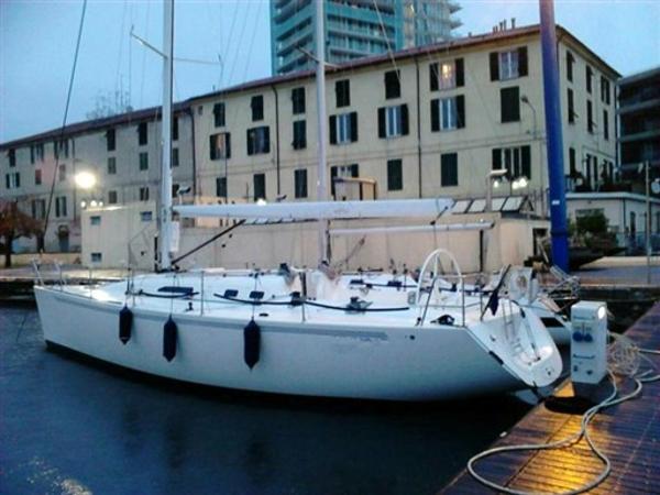 X - Yachts IMX-40 Image 1